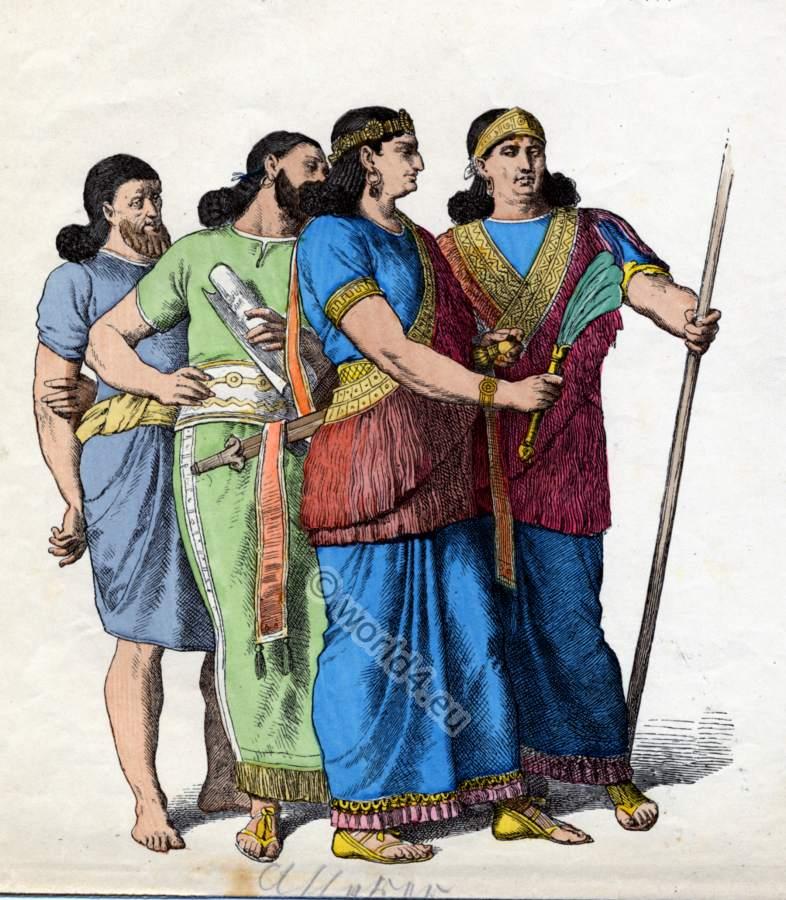 Ancient Assyrian costu...