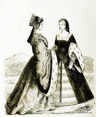 16th century costumes. Medieval dresses. Renaissance fashion. Corset Crinoline.