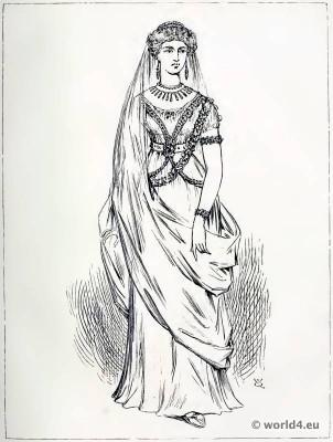 Roman Lady of Rank. Ancient roman costume. Woman Tunic.