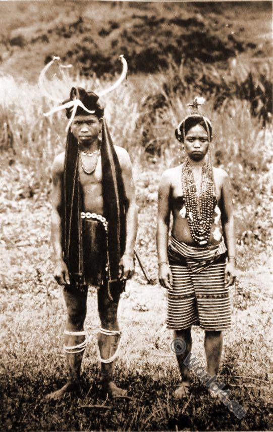 Igorot Native, head-hunters, costumes, tribe, Ifugao couple, Philippine Islands.