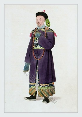 Qing dynasty fashion. Chinese Court Dress. Ancient Mandarin clothing. Historical Chinese costume