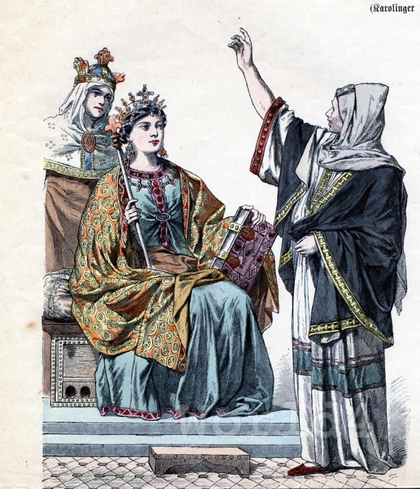 Middle Ages fashion. 10th century clothing. Carolingian Queen.  Prophetess. Noblewoman