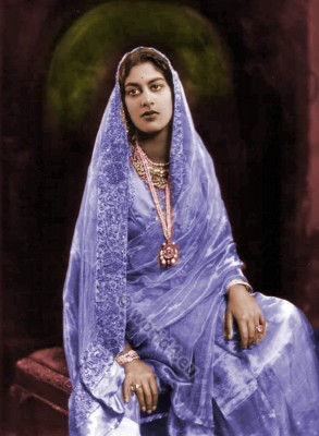 Amrit Kaur. Indian feminist. Indian politician. Traditional India costume. Sari.