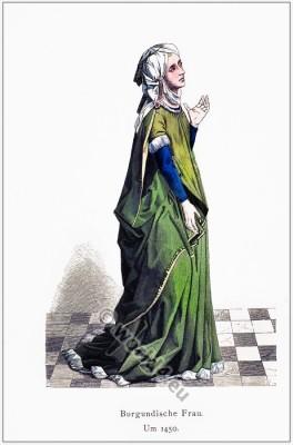 Burgundian Woman 15th century costume.