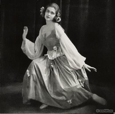 Clotilde von Derp in modern dance costume. 1920s Fashion. May-dance.