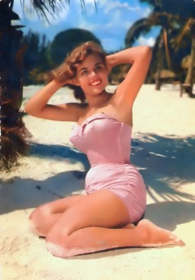 Pin-up girl in women hottest Bandeau Swimsuite. Marilyn Monroe Style, Fashion and Looks. Boho style bathing suit.