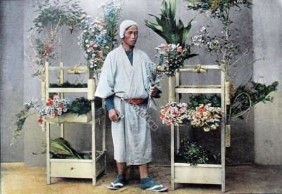 Japanese flower seller. Historical Japan clothes. Marchand, Japon