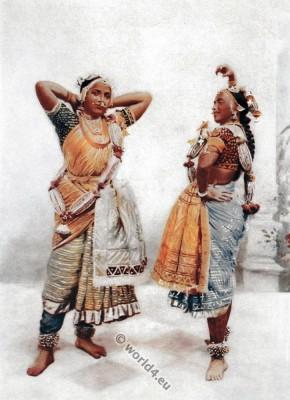 Traditional Gujarat Nautch girls dance costumes. India folk dress.