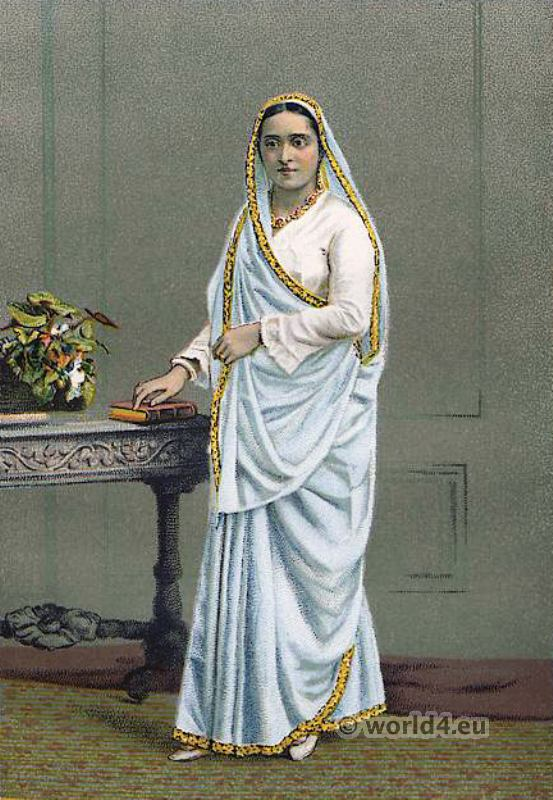 Parsi Lady costume. Zoroastrianism in India. Traditional Parsee clothing