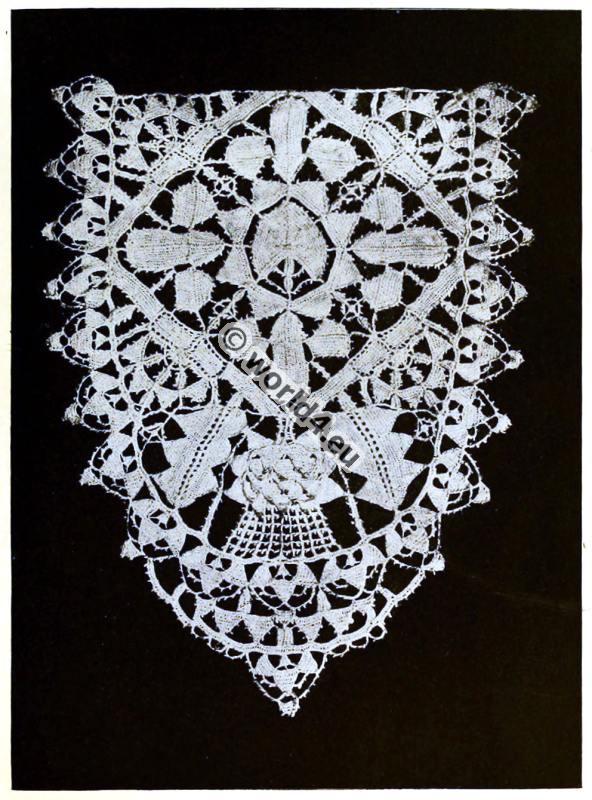 Punto in aria. Italian needle point lace. Renaissance fashion