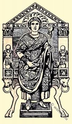 Consul, Byzantine, Costume, History