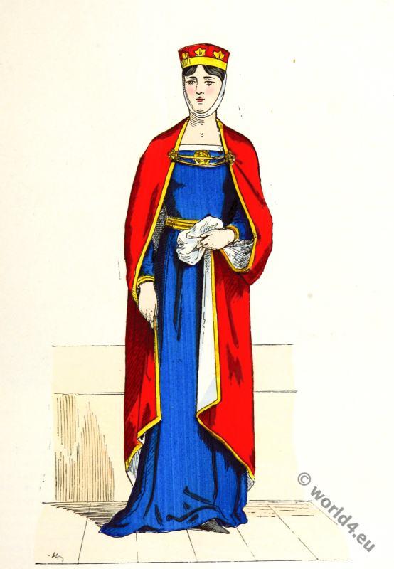 Capetian noblewoman costume