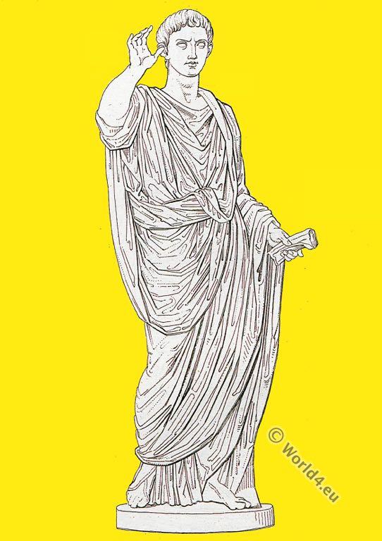 Oratore costume. Roman empire. Ancient costume. Roman sculpture.