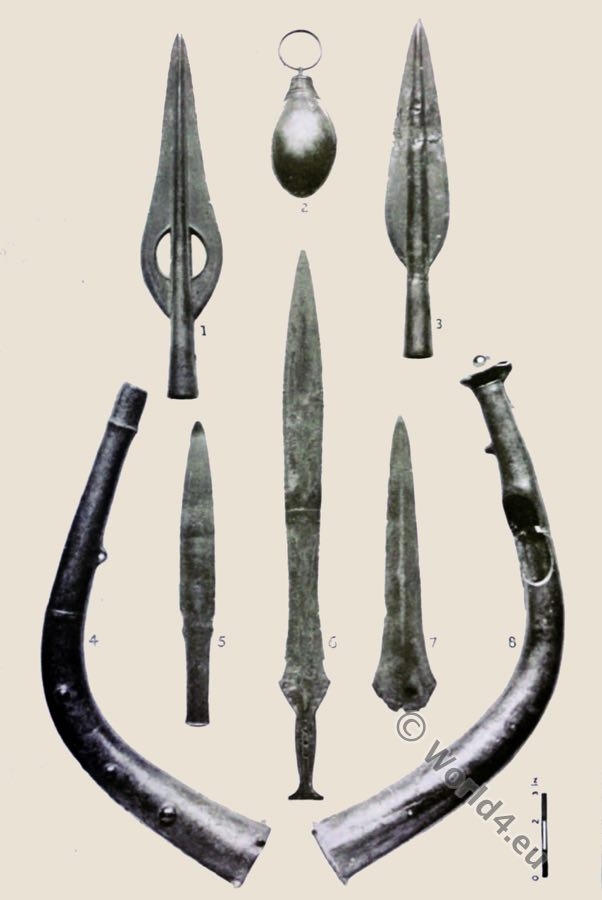 Hoard, Dowris,Bronze Age,Socketed knives, spearheads, horns, trumpet, Britons ,Dowris-phase
