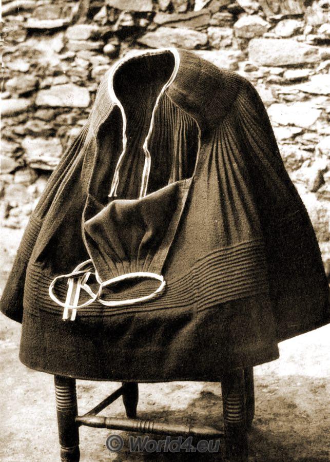 SKIRT, Spain, España, traditional costume, traje tradicional, Montehermoso, Monte Hermoso, Cáceres, Festival dress, vestido de Festival,