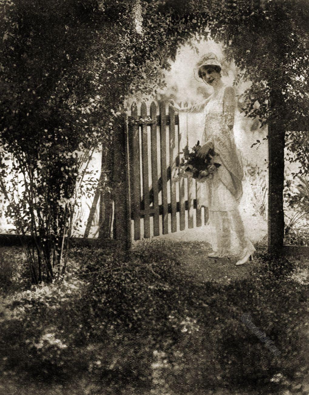 Conde Nast, Clarisse Coudert, garden costume, fashion, flapper,