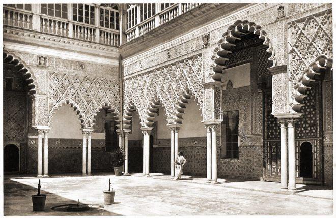 Alcázar, Courtyard, Seville, Architecture, Moorish,