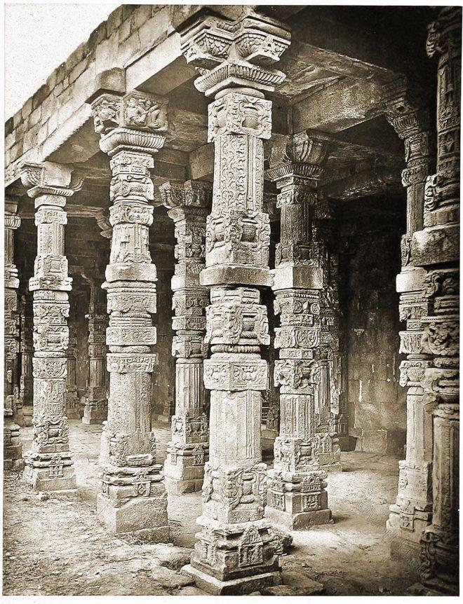 Colonade, Quwwat ul-Islam, Mosque, Delphi, Architecture, India,